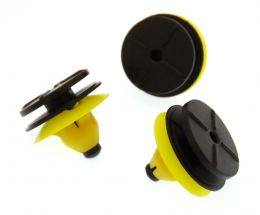 Volvo Plastic Trim Clips for Side Skirts, Sill Mouldings & Rocker Cover Trim- 30624192