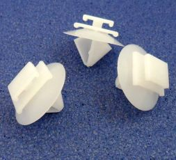 Exterior Trim & Body Moulding Clips, Jeep 71775718
