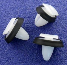 Peugeot Boxer Exterior Side Moulding Clips / Lower Door Trim Clips 856543