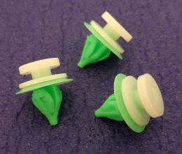 Plastic Clips for Interior Door Cards, Garnish & Fascia Trim Panels- Renault 8200702219, 7701049008